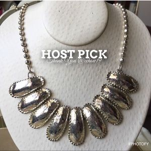 Jewelry - ~HP~Vtg Antique Hammered Silver Statement Necklace